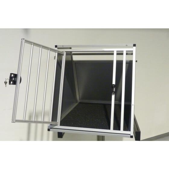 hundebox aluminium fiat 500x mit zus tzlichen. Black Bedroom Furniture Sets. Home Design Ideas