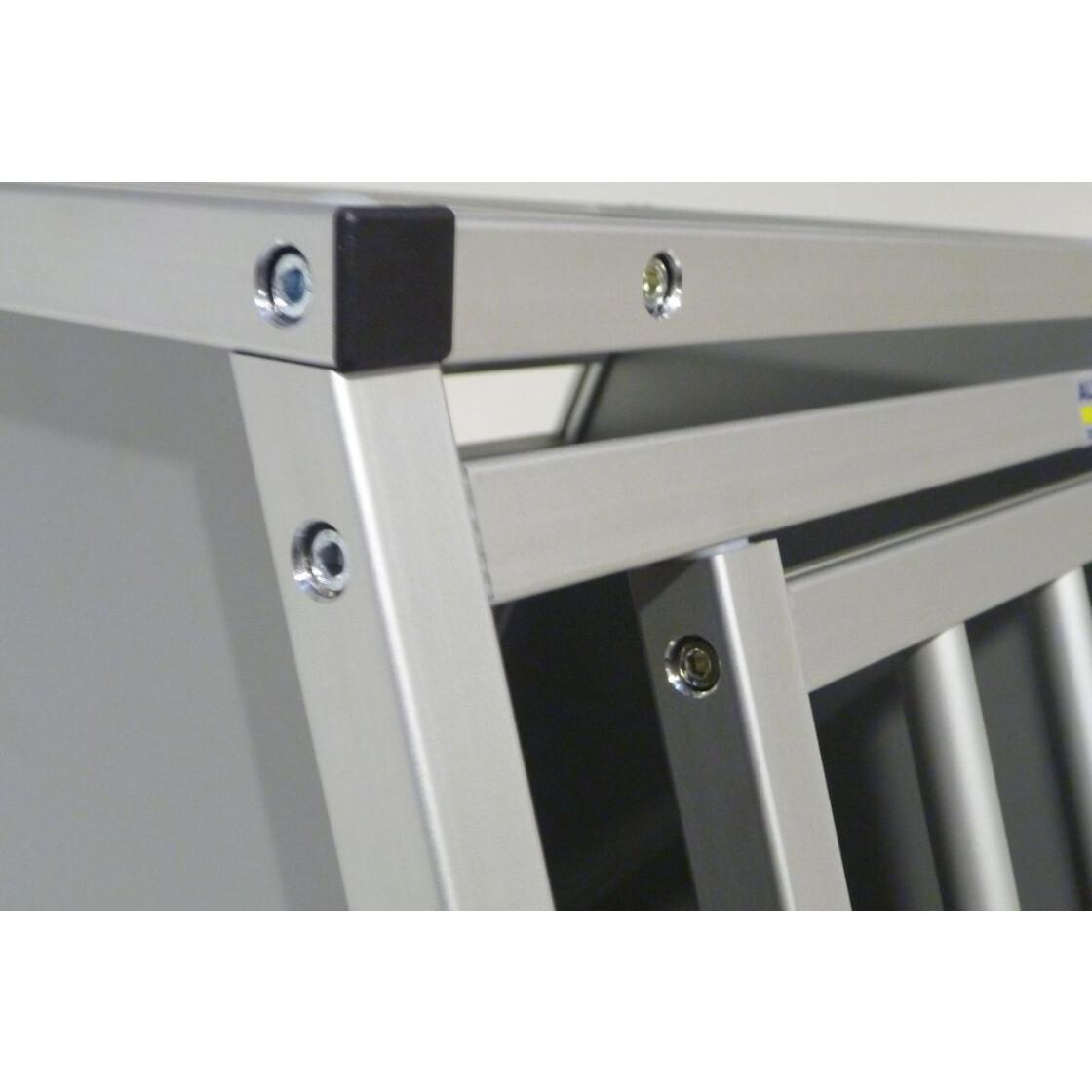 hundebox aluminium mitsubishi asx transport box alvaris. Black Bedroom Furniture Sets. Home Design Ideas